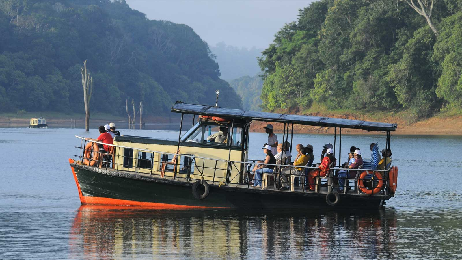 Enjoy Tour packages in  Thekkady